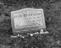 Gourdneck Prairie Cemetery #09